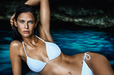 crosslink_dolce and gabbana bianca balti light blue eau intense perfume women ad campaig