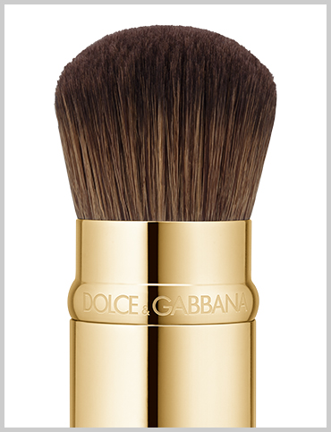 dolce-and-gabbana-make-up-brushes-kabuki-brush